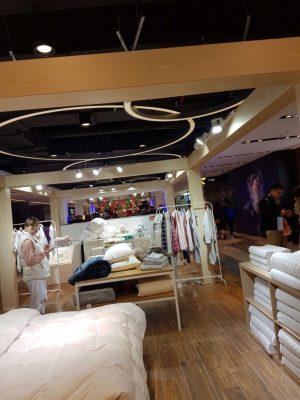 上海百貨店の布団売り場