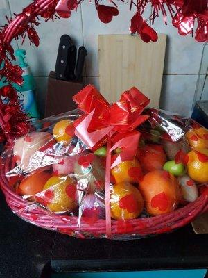 わかめちゃんが送ってきたフルーツの盛り合わせ